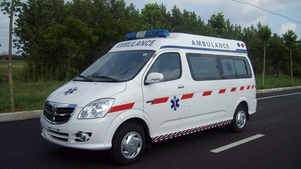 在突发紧急状况下寻求救护车时的注意事项