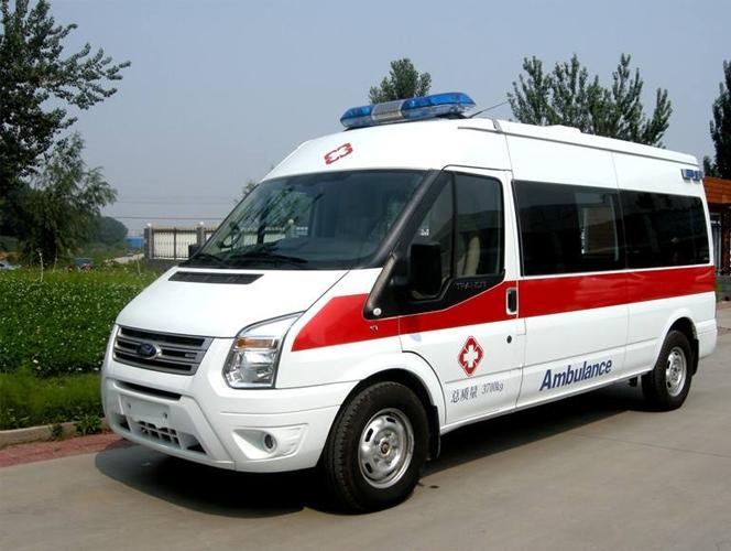 出院救护车
