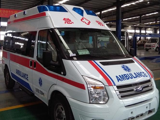 转运120急救车